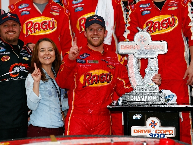 Regan Smith_1393105001315_3111440_ver1.0_640_480